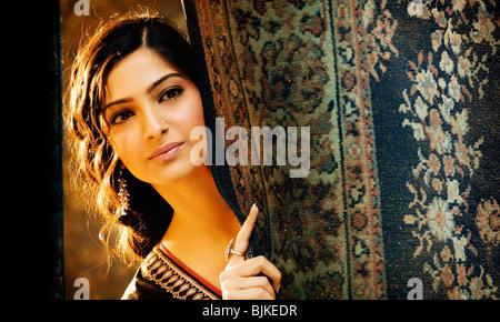 SAAWARIYA (2007) OH, MY LOVE (ALT) SONAM KAPOOR SANJAY LEELA BHANSALI (DIR) 007 - Stock Photo