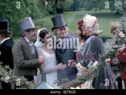 NICHOLAS NICKLEBY - 2002 MGM/UA  film with Charlie Hunnam (centre) as Nicholas and Tom Courtenay at left as Newman - Stock Photo