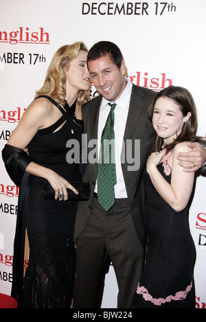 TEA LEONI ADAM SANDLER & SARAH STEELE SPANGLISH FILM PREMIERE WESTWOOD LOS ANGELES USA 09 December 2004 - Stock Photo