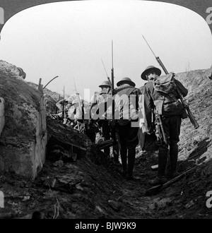 British troops in a captured trench, Hindenburg Line, France, World War I, 1917-1918. - Stock Photo
