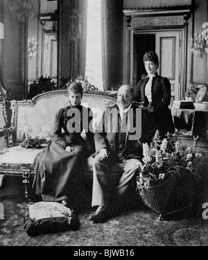 The Dowager Empress of Russia, King Edward VII and Queen Alexandra, May 1900 (1964). - Stock Photo