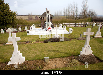 Pre 1940 Naval burial ground, this section for submariners killed in First World war, Naval cemetery, Shotley, Suffolk - Stock Photo