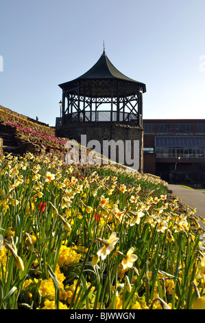 Bandstand and Castle Grounds in spring, Tamworth, Staffordshire, England, UK - Stock Photo