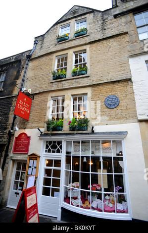 Sally lunn's tea rooms in Bath - Stock Photo
