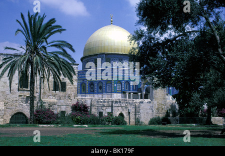 Jerusalem, old city, dome of the rock on the temple mount - Stock Photo