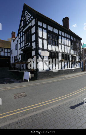 Timber framed early period building on High St, Much Wenlock, Shropshire, England. - Stock Photo