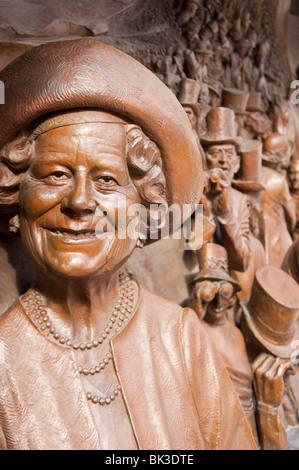 Queen mother bronze plaque, London, UK - Stock Photo