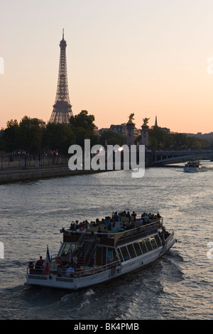 eiffel tower and bateau mouche on the river seine paris france stock photo royalty free image. Black Bedroom Furniture Sets. Home Design Ideas