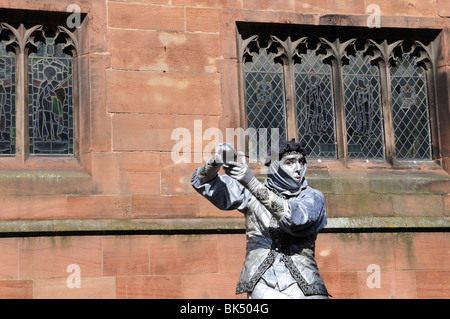 Mime Artist  in front of Old Buildings Chester Cheshire England UK GB - Stock Photo