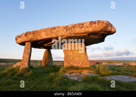 Lanyon Quoit burial chamber, Madron, near Penzance, Lands End, Cornwall, England, United Kingdom, Europe - Stock Photo