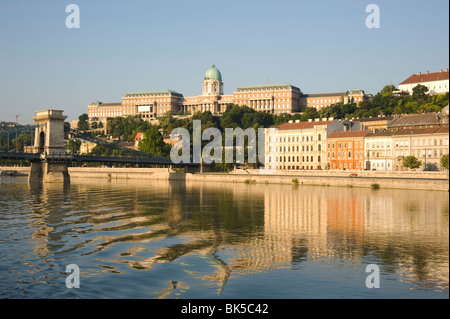 An early morning view of Budapest including the Chain Bridge, Castle Hill and the Danube River, Budapest, Hungary, - Stock Photo