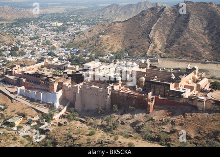Overhead view of Amber Fort Palace, Jaipur, Rajasthan, India, Asia - Stock Photo