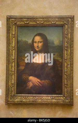 The Mona Lisa painting by Leonardo da Vinci, the Louvre Museum, Paris, France - Stock Photo