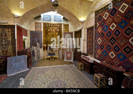 Persian Carpet Shop In Bazaar E Vakil In Shiraz Iran Stock