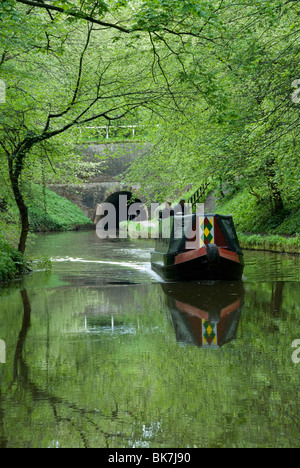 Narrow boat cruising the Llangollen Canal, England, United Kingdom, Europe - Stock Photo