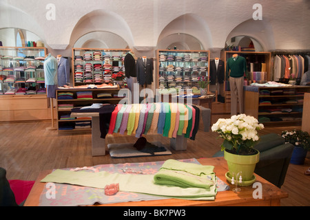 Men's and women's clothing store on Worth Avenue in Palm Beach, Florida. - Stock Photo