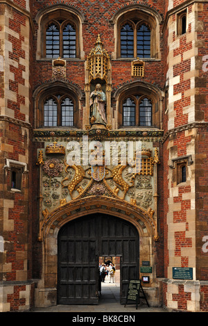 Detail of the entrance gate of St. John's College, founded in 1511 by Lady Margaret Beaufort, Bridge Street, Cambridge, - Stock Photo