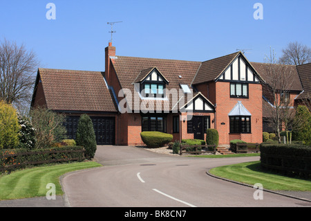 A modern detached house in the U.K. - Stock Photo