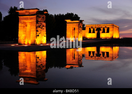 Templo de Debod, Nubian temple, dusk, a gift from the Egyptian government to Spain in 1968, Madrid, Spain, Iberian - Stock Photo
