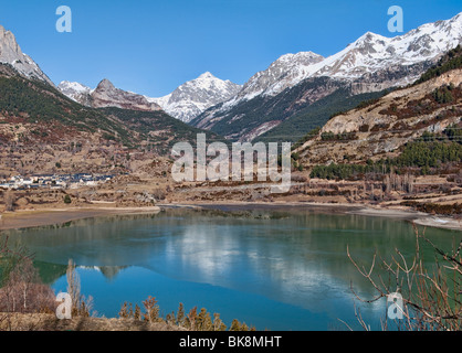 Lanuza reservoir in Huesca (Spain) - Stock Photo