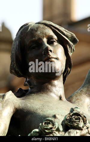 Statues  by celebrated Victorian sculptor Alfred Drury in the art nouveau style bronzes - Stock Photo