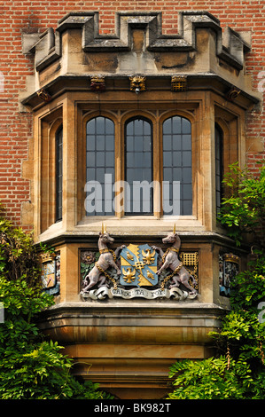 Old bay window with coat of arms of Magdalene College, 1428, Magdalene Street, Cambridge, Cambridgeshire, England, - Stock Photo