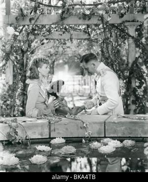 ANNA KARENINA (1935) GRETA GARBO, FREDDIE BARTHOLOMEW, FREDRIC MARCH ANKR 003 - Stock Photo