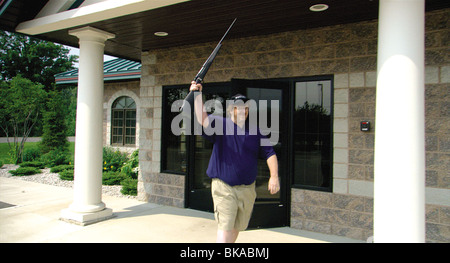 BOWLING FOR COLUMBINE (2002) MICHAEL MOORE BWFC 001 04 - Stock Photo