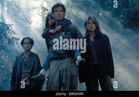 DANTE'S PEAK (1997) JEREMY FOLEY, JAMIE RENEE SMITH, PIERCE BROSNAN, LINDA HAMILTON DANP 008 - Stock Photo