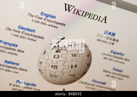 WIKIPEDIA HOMEPAGE WITH LANGUAGE CHOICE Stock Photo Royalty Free - Wikipedia royalty free images