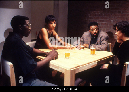 JUNGLE FEVER (1991) WESLEY SNIPES, VERONICA WEBB, SPIKE LEE, ANNABELLA SCIORRA JGF 013 - Stock Photo
