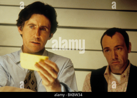 THE USUAL SUSPECTS (1995) GABRIEL BYRNE, KEVIN SPACEY USSS 004 - Stock Photo