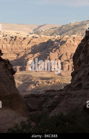 Vista  between rocks on the Royal Tombs in Petra. Jordan - Stock Photo