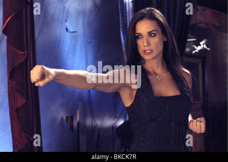 CHARLIE'S ANGELS: FULL THROTTLE (2003) CHARLIE'S ANGELS 2 (ALT) DEMI MOORE CHA2 002-021 - Stock Photo