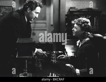 EDISON, THE MAN (1940) SPENCER TRACY, RITA JOHNSON ETM 002P - Stock Photo