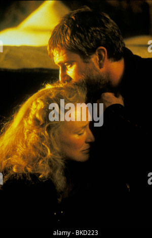 HAMLET (1991) GLENN CLOSE, MEL GIBSON HAM 060 L - Stock Photo