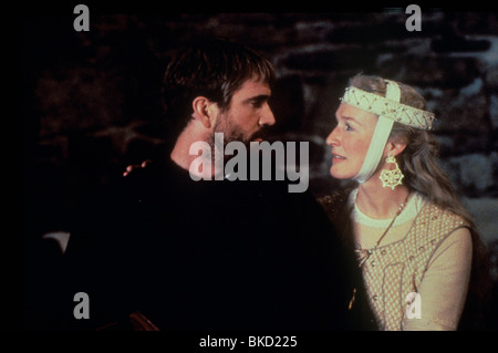 HAMLET (1991) MEL GIBSON, GLENN CLOSE HAM 079 D - Stock Photo