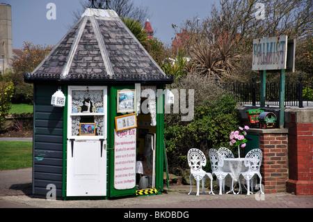 Gypsy Lee fortune teller kiosk, Bognor Regis, West Sussex, England, United Kingdom - Stock Photo