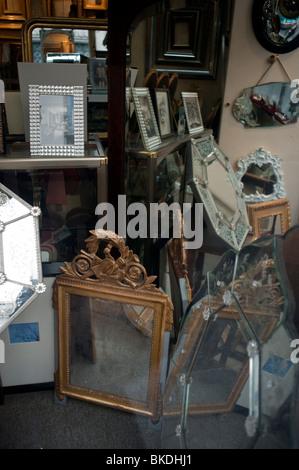 picture framing store in latin quarter paris american art paris france