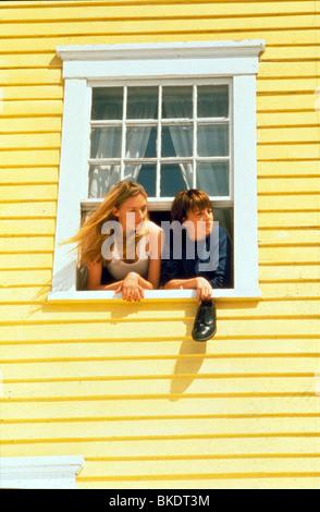 MYTH OF FINGERPRINTS (1997) BACK HOME (ALT) HOPE DAVIS,LAUREL HOLLOWMAN MYFN 024 - Stock Photo
