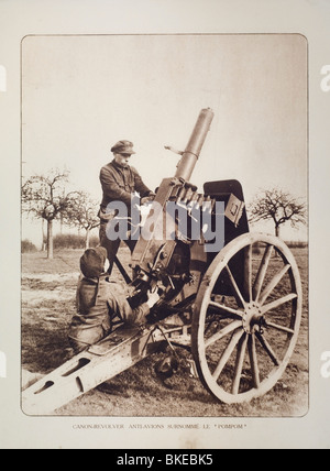 WW1 artillery soldiers shooting at airplanes with anti-aircraft gun in West Flanders during First World War One, - Stock Photo