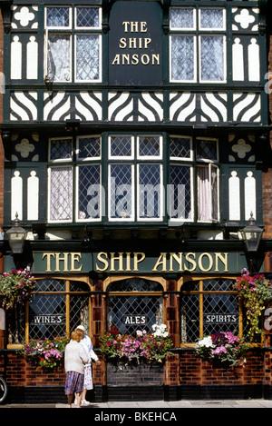 UK, England, Hampshire, Portsmouth the Ship Anson Public House - Stock Photo