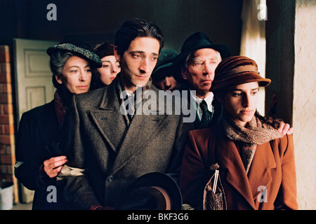 THE PIANIST (2002) MAUREEN LIPMAN, JULIA RAYNER, ADRIEN BRODY, ED STOPPARD, FRANK FINLAY, JESSICA KATE MEYER PIAT - Stock Photo