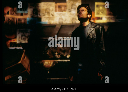 X-FILES: THE MOVIE (1998) DAVID DUCHOVNY XFM 115 - Stock Photo