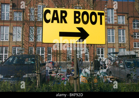 Hackney Kingsland Road. Car boot sale in school playground - Stock Photo