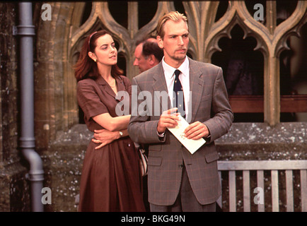 THE BROWNING VERSION (1993) GRETA SCACCHI, JULIAN SANDS BRWV 002 - Stock Photo