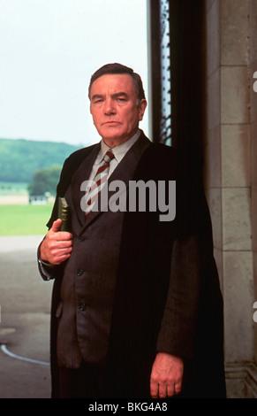 THE BROWNING VERSION (1993) ALBERT FINNEY BRWV 051 - Stock Photo