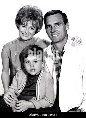 GENTLE BEN (TV) BETH BRICKELL, CLINT HOWARD, DENNIS WEAVER GENB 005 P - Stock Photo