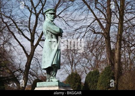 Statue of Captain Edward John Smith (Master of The Titanic), Beacon Park, Lichfield. - Stock Photo
