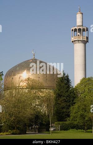 England London Central Mosque Regents Park - Stock Photo
